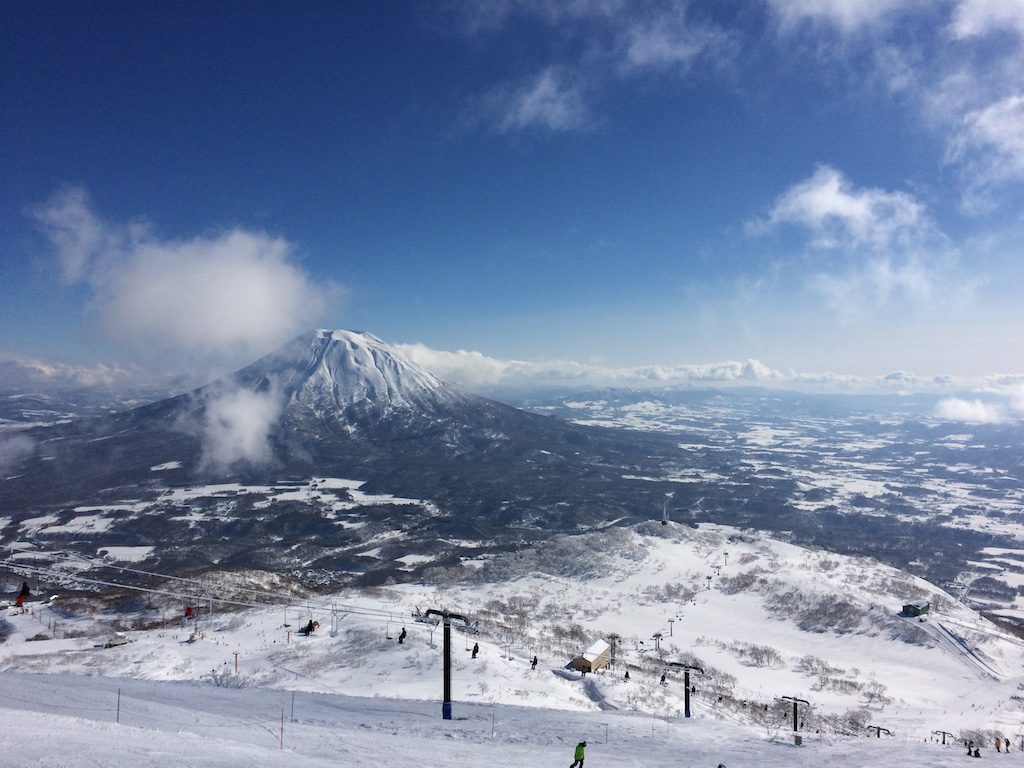 1_niseko_hirafu_item1_small